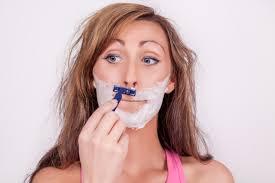 女性の口ひげの処理の仕方