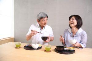 中年太りと食事の関係
