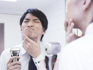 電気シャーバーで深剃りしても青髭は治りません