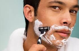正しい髭剃りの仕方