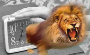 ライオンの様に恐ろしい目覚まし時計