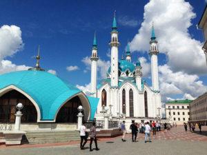 ロシア最大の青いモスク