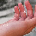 手汗をかく原因