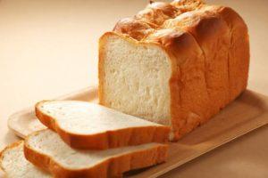 パンにはなぜ強力粉を用いるのか